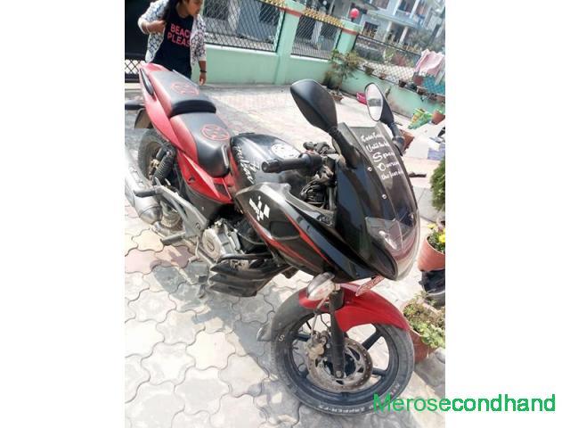 220 pulsar bike on sale at halgada itahari koshi nepal - 3/4