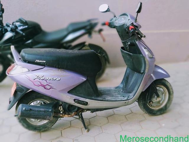 Hero Pleasure scooty on sale at kathmandu - 1/3