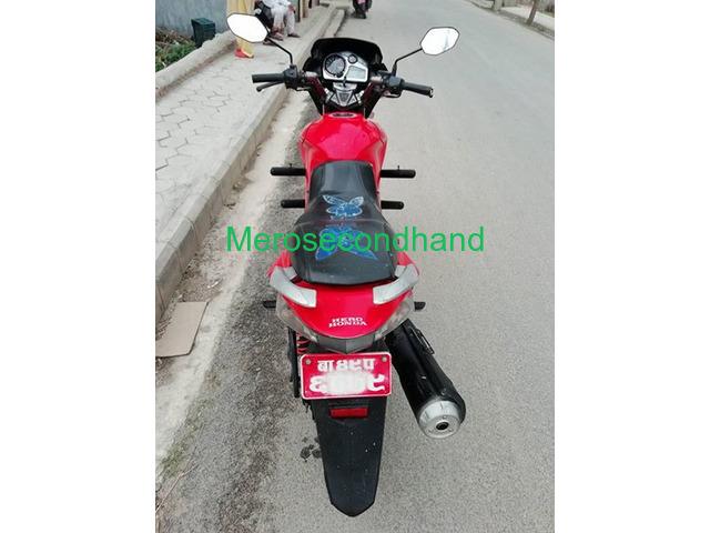 hero extreme bike on sale at kathmandu - 2/4