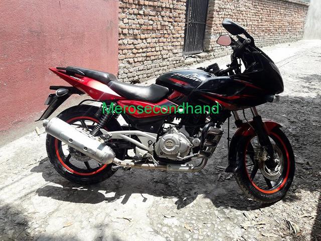 Pulsar 220f red n black bike on sale at kathmandu - 1/4