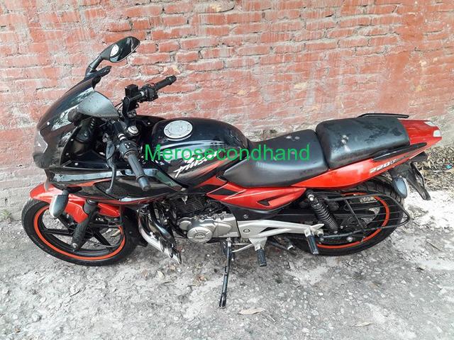 Pulsar 220f red n black bike on sale at kathmandu - 2/4