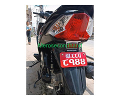 Secondhand honda dio scooter / scooty on sale at kathmandu