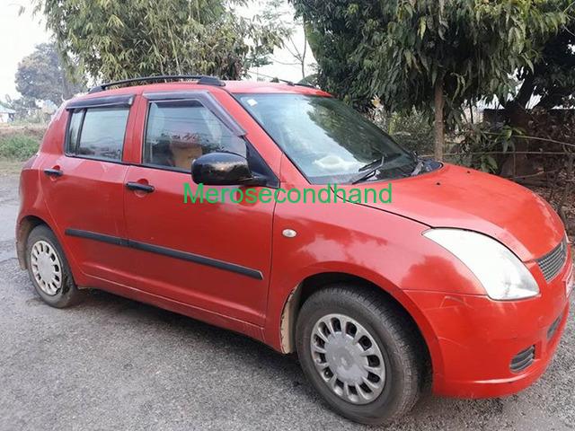 Secondhand maruti swift semi option car on sale at chitwan nepal - 1/2
