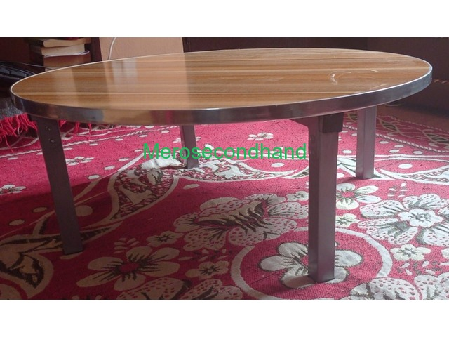 Foldable Round Table - 1/3