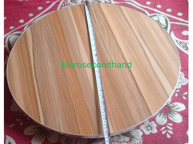 Foldable Round Table - 2/3