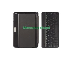 Wireless Keyboard and Foldable Case for Ipad air - Image 2/2