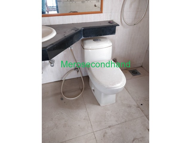 Commode - 2/2