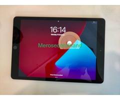 Apple iPad 8th Generation - Image 3/5